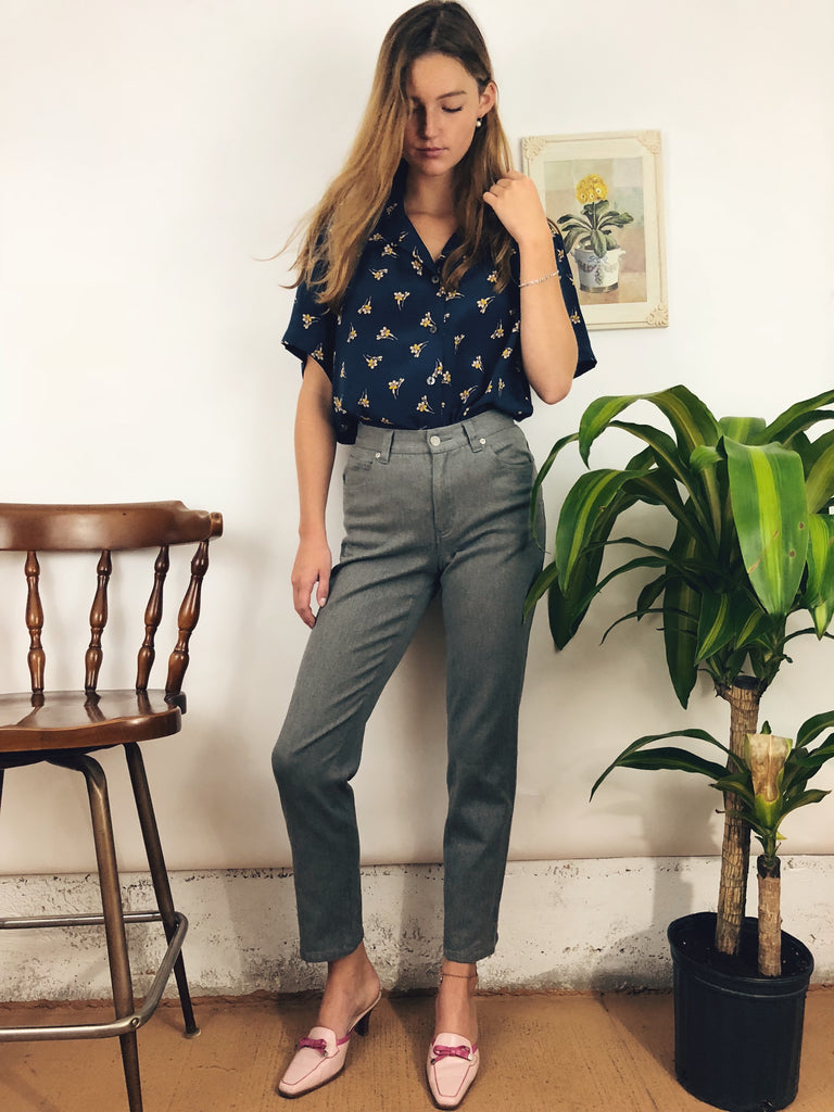 "Vintage Grey Highwaisted Denim (26"")"