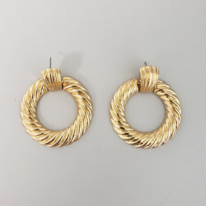 Circular shell Statement Earrings