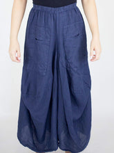 Load image into Gallery viewer, Cropped Wide Leg Linen Pants
