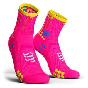 Calcetines Pro Racing Socks RUN High V3 Rosado Flúo