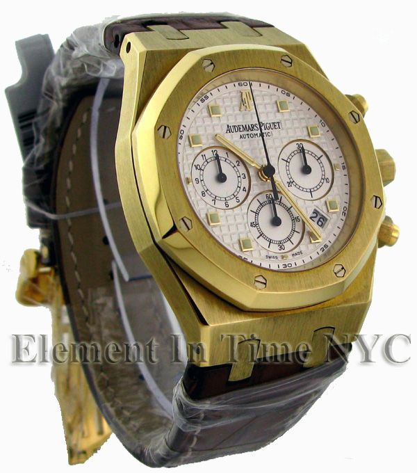 Chronograph 18k Yellow Gold