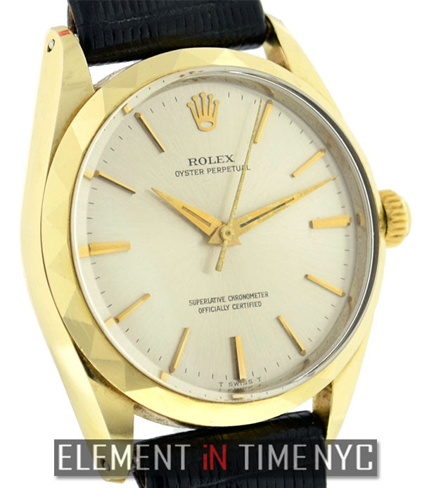 14k Yellow Gold Shell 34mm Silver Dial