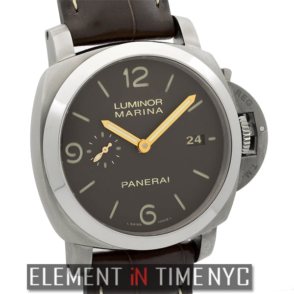 Luminor 1950 44mm Titanium Tobacco Sandwich Dial