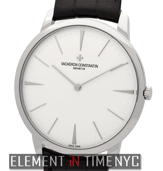 Grand Taille Manual Wind 18k White Gold