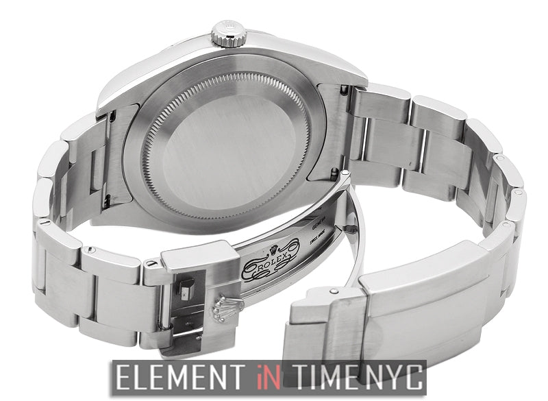Stainless Steel 39mm