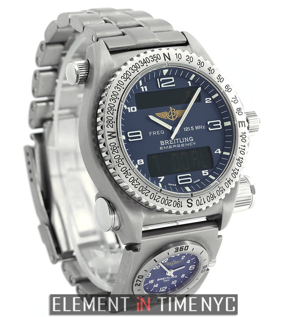 Co-Pilot UTC SuperQuartz Titanium 43mm Blue Dial