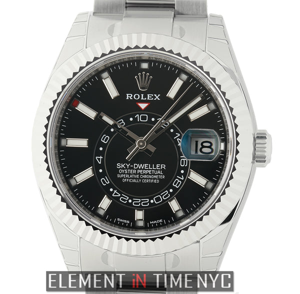 Stainless Steel & 18k White Gold Fluted Bezel 42mm Black Dial