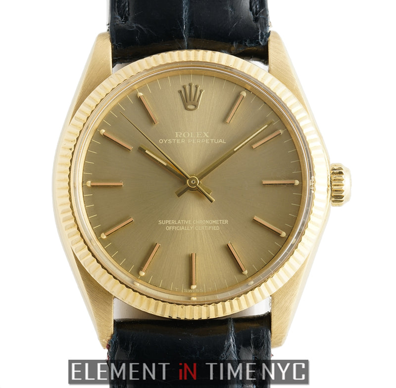 Vintage 18k Yellow Gold 34mm Champagne Dial Circa 1970