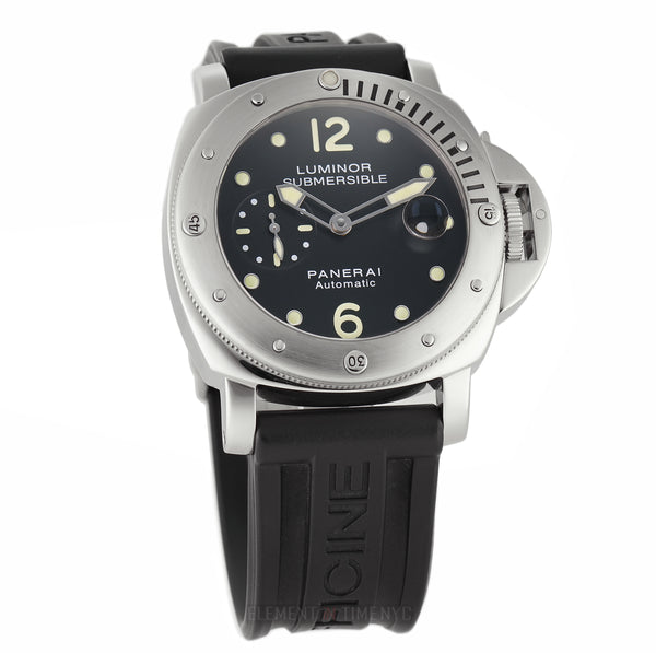 Luminor Submersible Steel 44mm Black Dial P Series