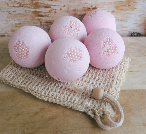 Bubble Gum Pearl Bath Bombs
