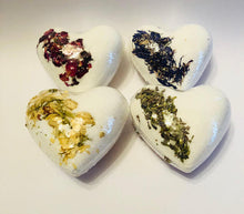 Heart bath bombs set