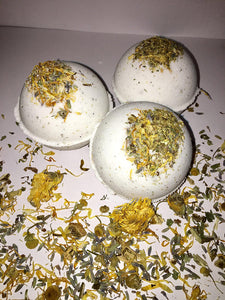 Stress relief vanilla bath bombs-  4.5 oz / all natural floral bath
