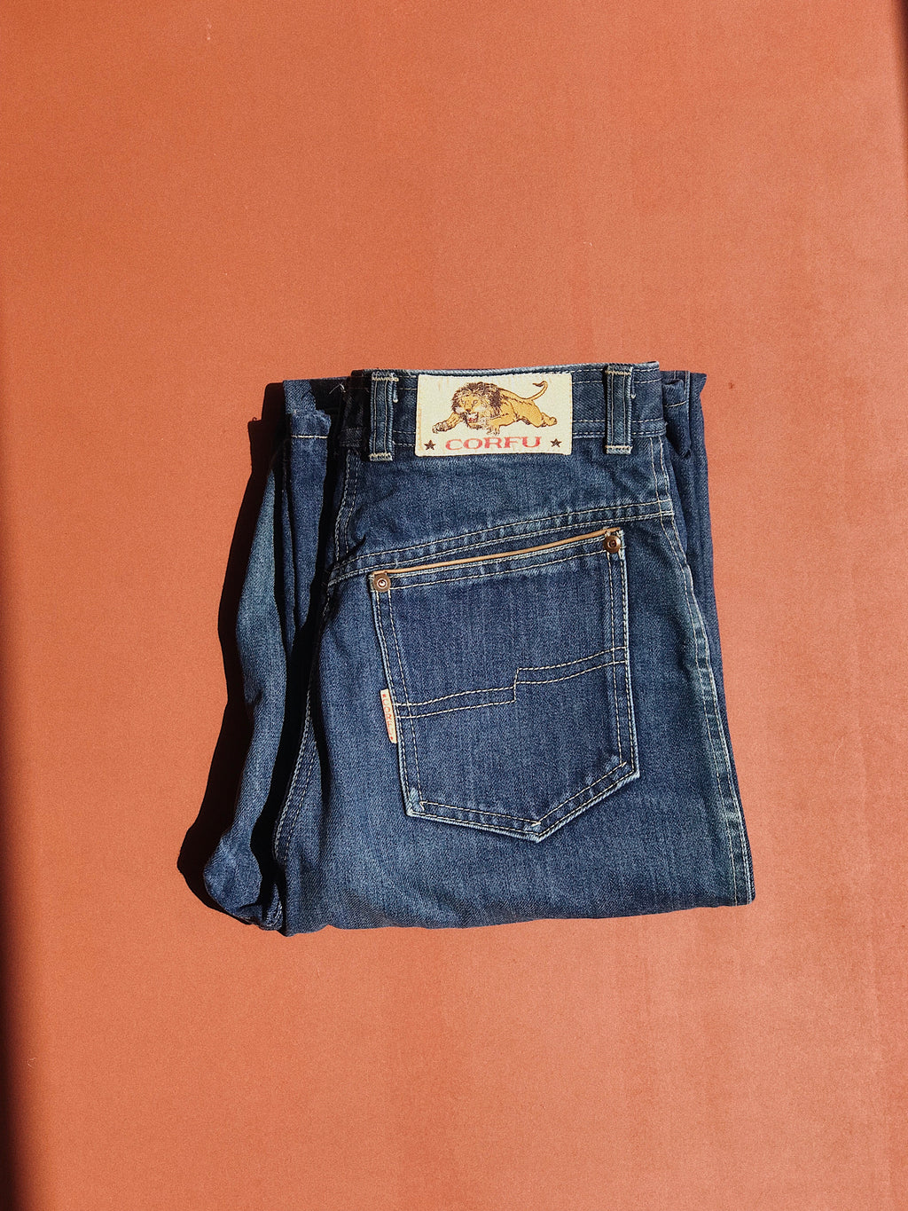 Vintage Denim High Waisted Flare Mom Jeans Size 14 (34)