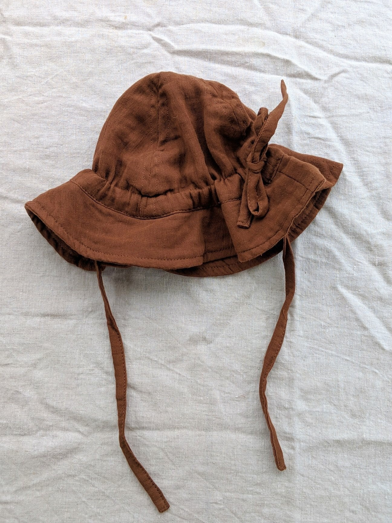 Earth brown sun hat - limited colour