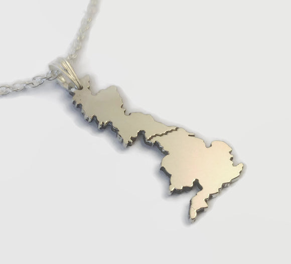 Wainwright's Coast to Coast Walk Necklace