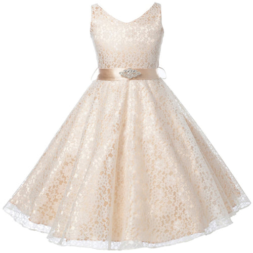 SLEEVELESS FULL LACE DRESS WITH RHINESTONE BROOCH AND SATIN SASH