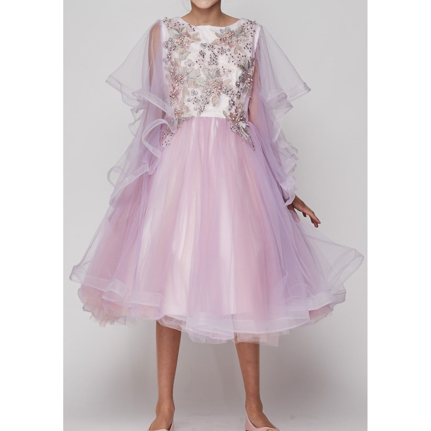 ILLUSION TRUMPET RUFFLE ORGANZA SLEEVES WITH MESH TULLE SKIRT