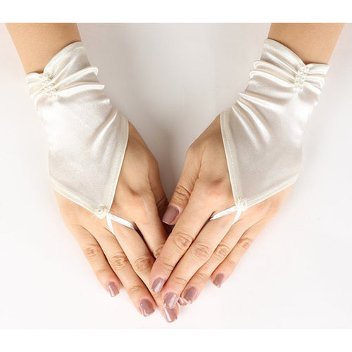 FINGER LESS SHORT SATIN GLOVES WITH PEARLS