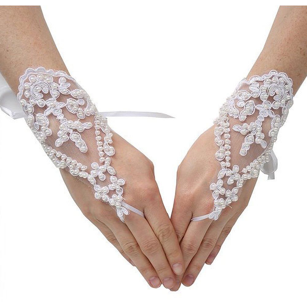 PEARL LACE FINGER LESS GLOVES
