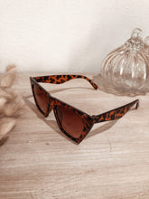 Load image into Gallery viewer, CHIC IX Sunglasses