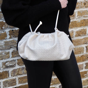 CLOUD BAG EMBOSSED - CREAM