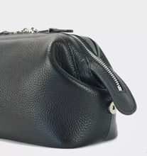 Load image into Gallery viewer, LEATHER WASHBAG - BLACK (PRE-ORDER)