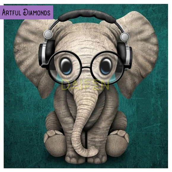 Nerdy Elephant with Headphones Diamond Painting Kit