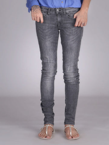 Scratch Skinny Jegging By Guess