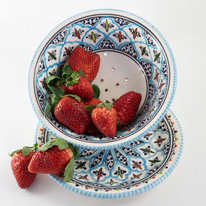 Rosette Berry Bowl