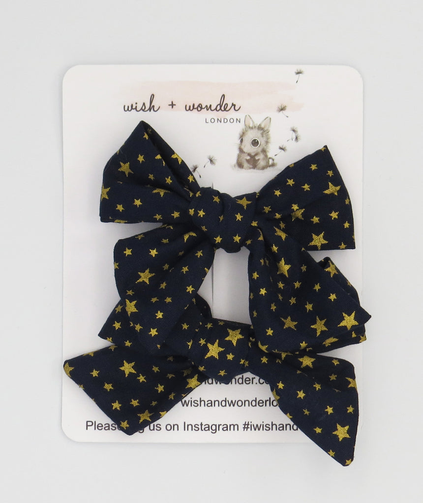Iris star print pigtail hair bow set.