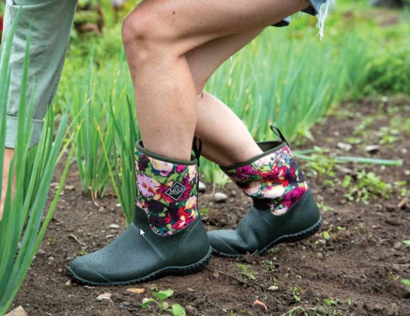 Muckster II Mid Green Floral Boot
