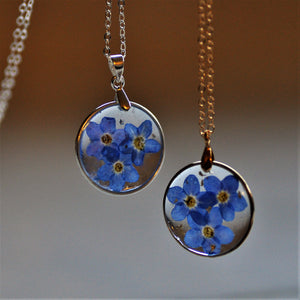 forget me not puddle necklace