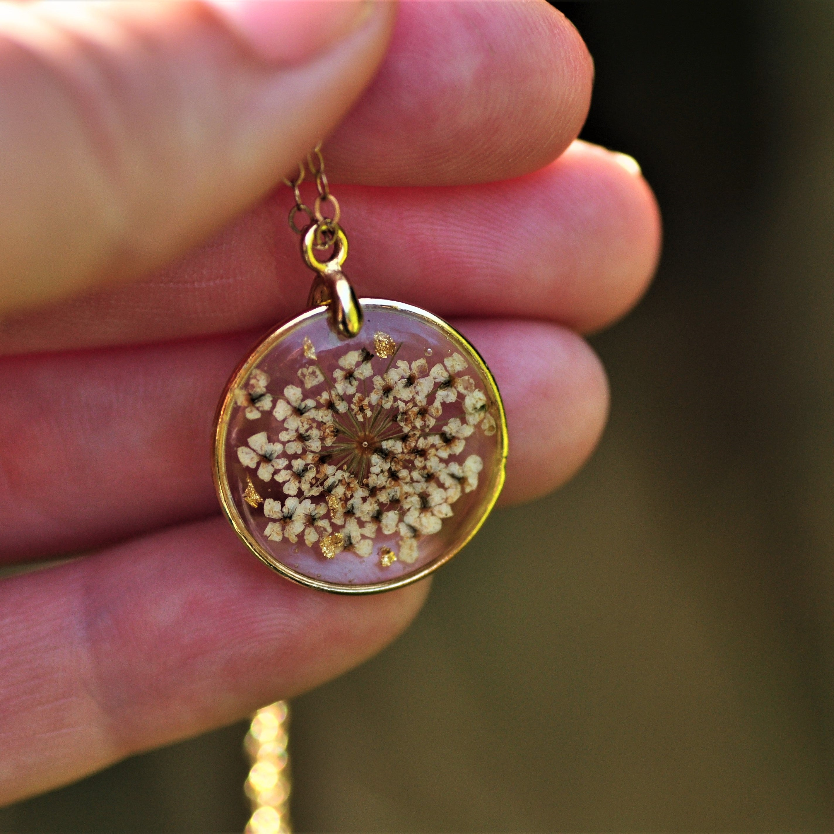 Queen Anne's lace puddle necklace - Gold fill