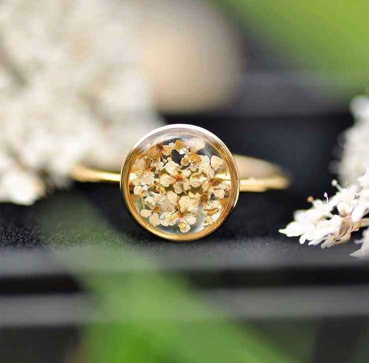 Queen ann's lace ring