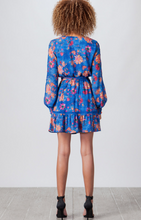 Load image into Gallery viewer, Free Falling Long sleeve Dress