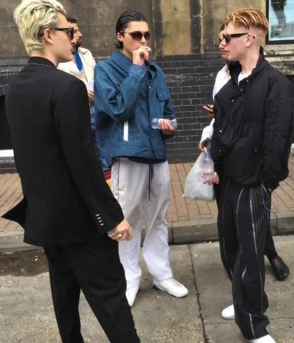 London Fashion Week SS20 Vintage Street Style - Thrifty Towel