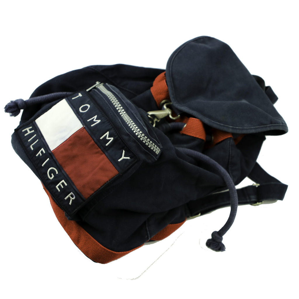TOMMY HILFIGER 90S  DRAWSTRING BACKPACK - Thrifty Towel