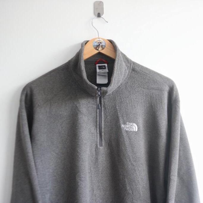 The North Face 1/4 zip Grey Fleece  (L)
