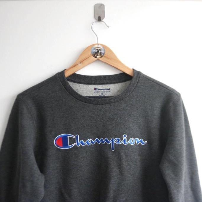 Vintage Champion Embroided Spellout (M)