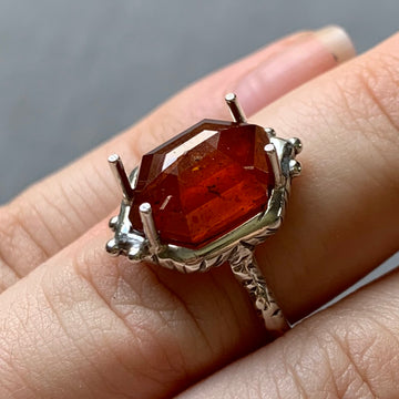 PRE-ORDER FOR MONISHA - Orange Kyanite Ring- Sz 6