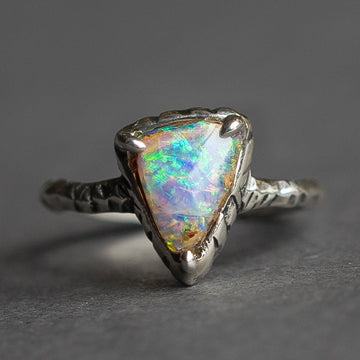 Triangle Crystal Pipe Opal Ring
