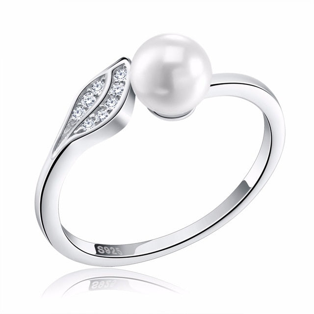 Penelope's Pearl and Leaf Promise Ring