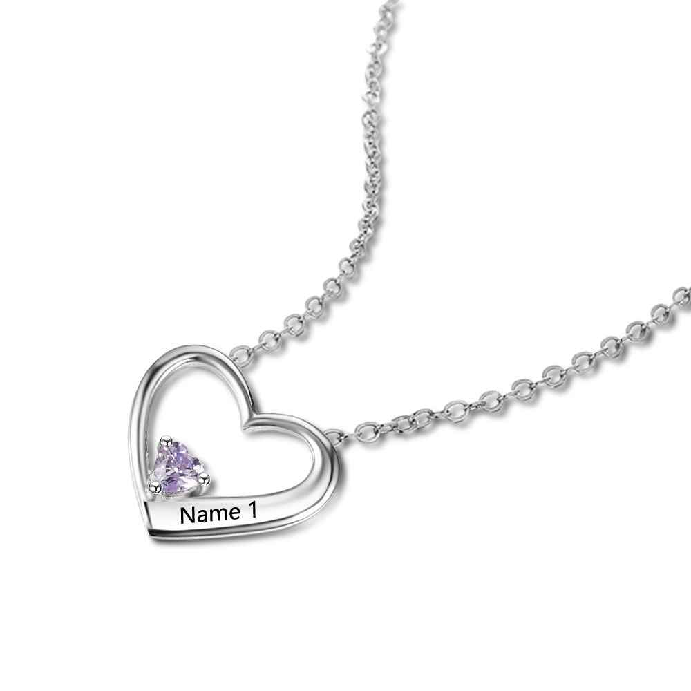 Penelope's Simplistic Heart Personalized Name Necklace