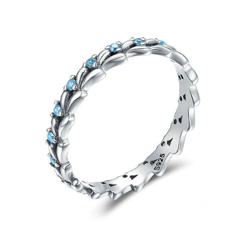 Penelope's Blue Gem Crystal Wave Finger Ring