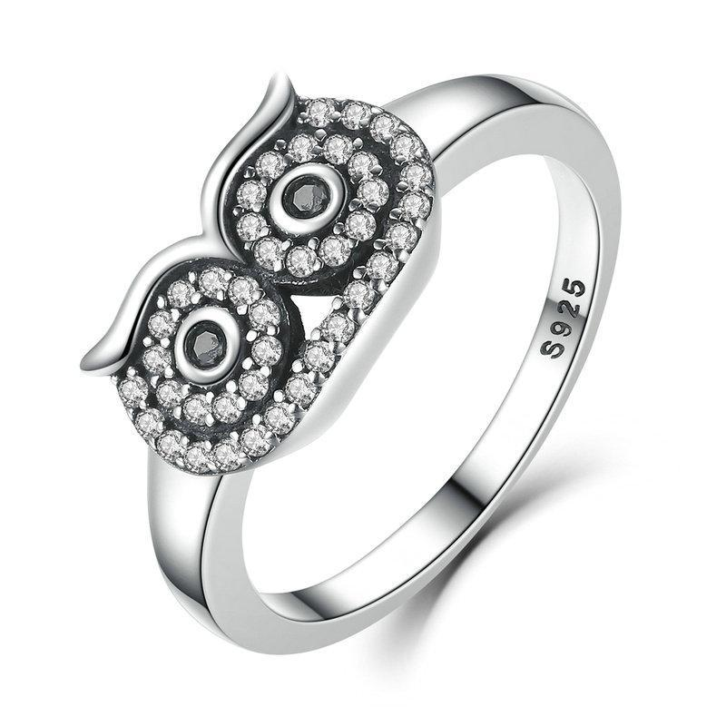 Penelope's Watchful Owl Finger Ring