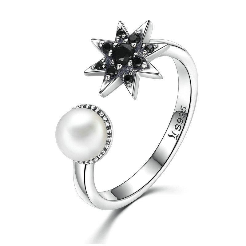 Penelope's Glorious Moon and Star Finger Ring
