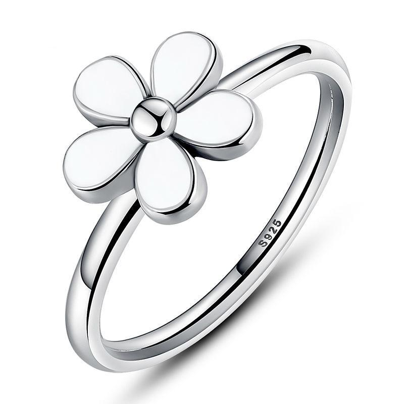 Penelope's White Enamel Covered Daisy Finger Ring
