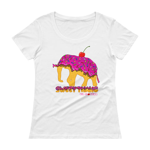 SWEET THANG Scoopneck T-Shirt
