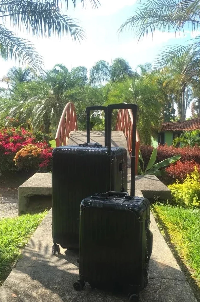 The Luxurious Luggage - VESTITI LB