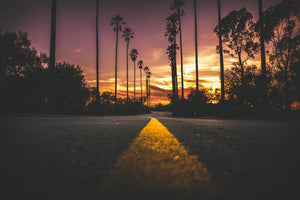 Road in city during sunset - W-Photographie